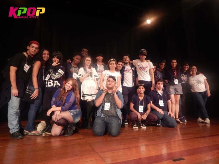 Os staffs e organizadores do Hallyu Rio